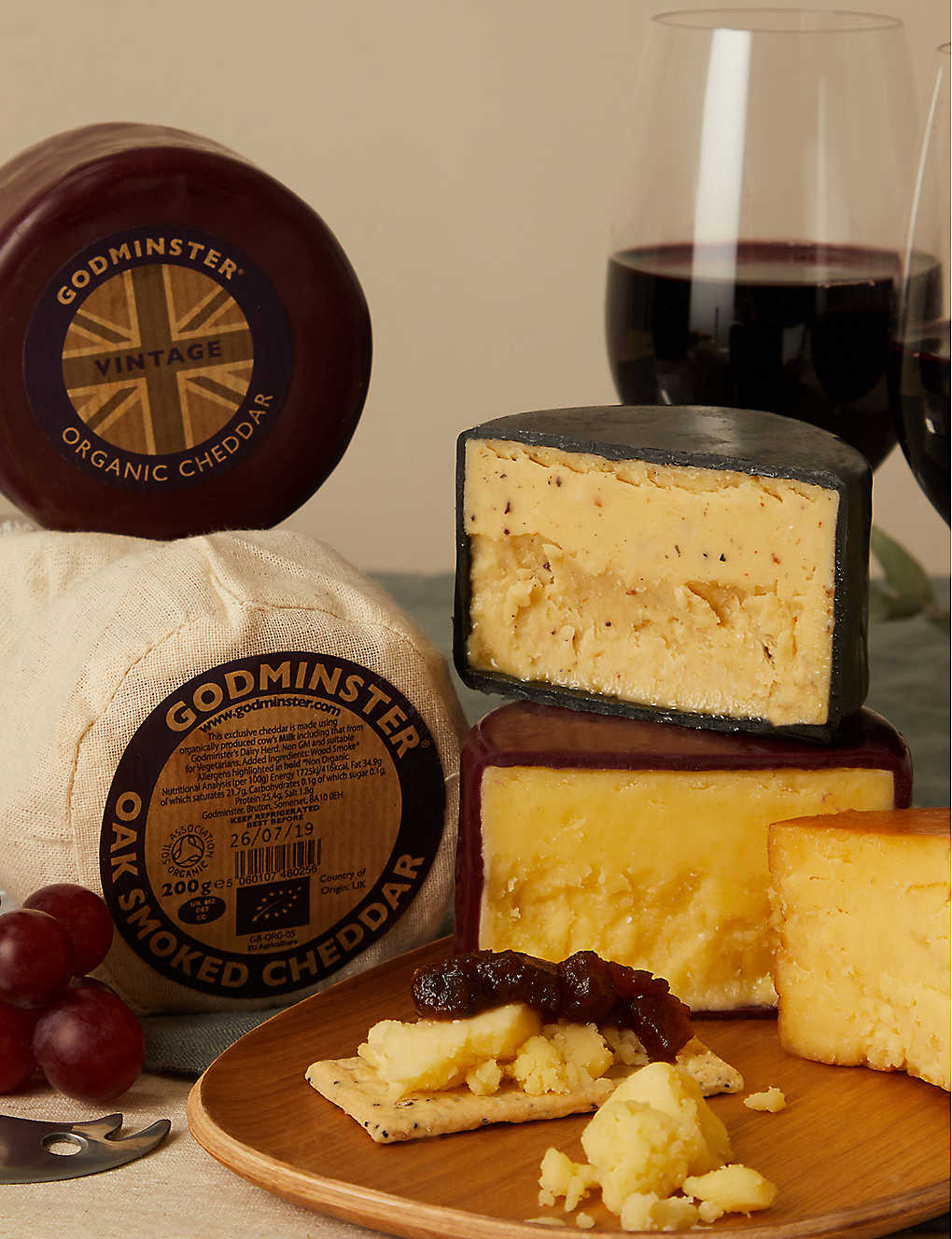 GODMINSTER: Three cheese selection gift set