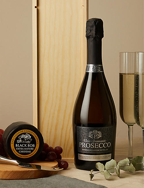 CHESHIRE CHEESE COMPANY Prosecco and Black Bob extra mature cheddar cheese set