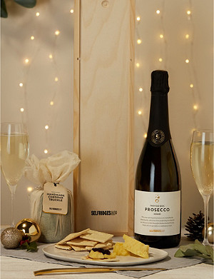 SELFRIDGES SELECTION Cheddar and Prosecco Gift Box
