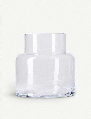 THE CONRAN SHOP: Camino glass vase 28cm