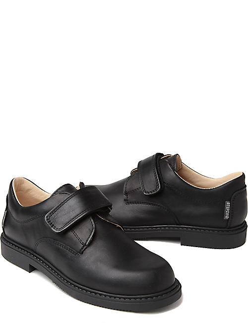STEP2WO Matthew school shoes
