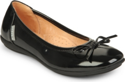 STEP2WO Cilla patent bow flats 7-11 years