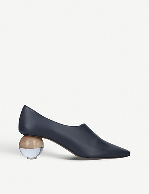 NEOUS Orchis sculptural heel leather courts