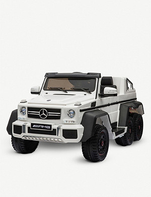 SMARTWAY Mercedes-Benz G63 6x6 ride-on car