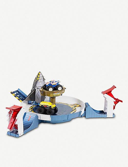 HOTWHEELS Monster Mecha shark play set