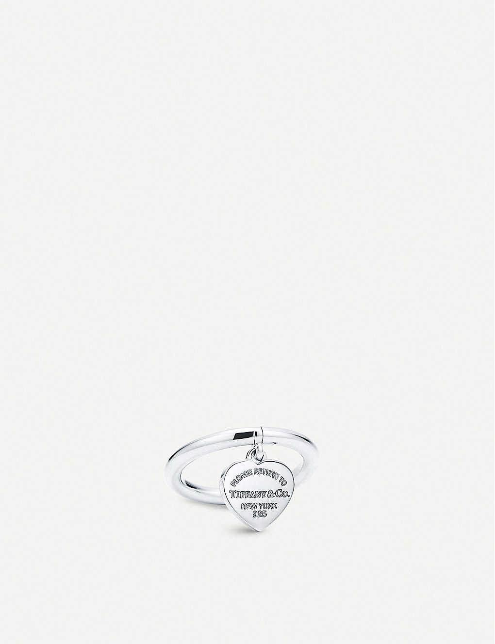 d00193976 TIFFANY & CO - Return to Tiffany™ Sterling Silver Heart Tag Ring ...