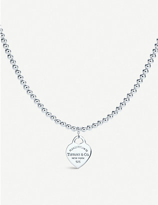 TIFFANY & CO: Return to Tiffany heart tag in sterling silver on a bead necklace
