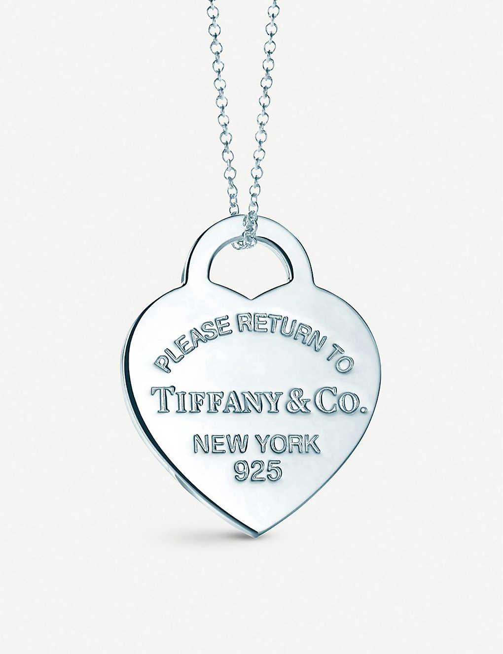 53bdda821168f TIFFANY & CO Return to Tiffany heart tag pendant in sterling silver, medium