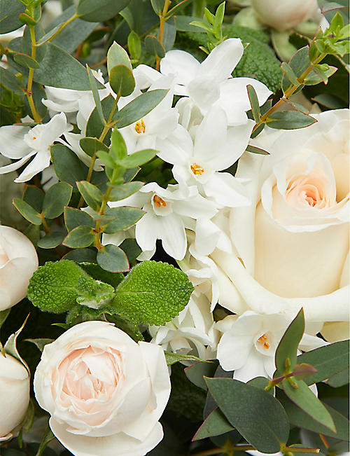 THE REAL FLOWER COMPANY Ivory Spring posy