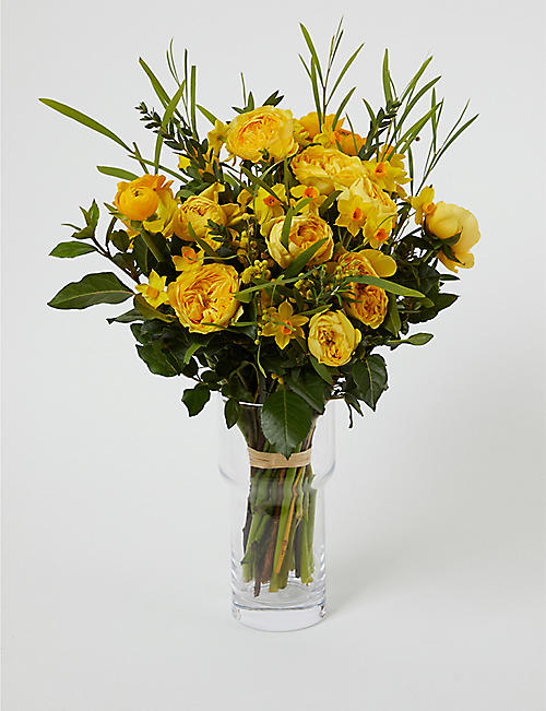 THE REAL FLOWER COMPANY Yellow Spring Posy