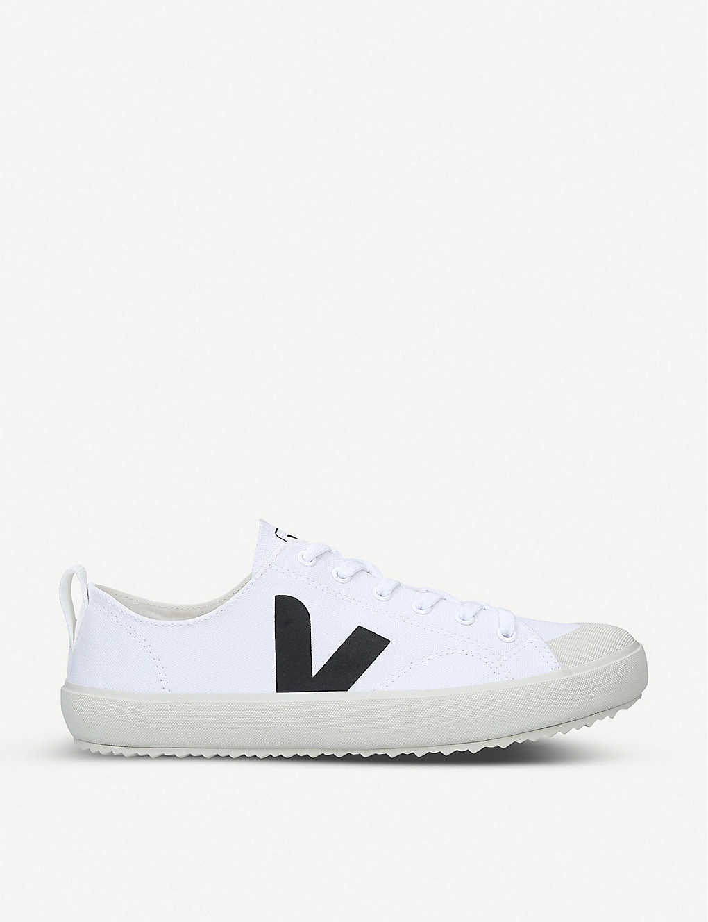 VEJA: Nova organic-cotton low-top trainers