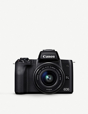 CANON EOS M50 with EF-M 15-45mm Lens Kit
