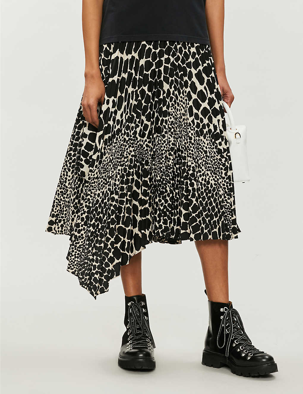 49454eb45be2 TOPSHOP - Giraffe-print pleated asymmetric skirt | Selfridges.com