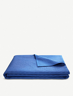 BOSS Loft cotton bed cover throw