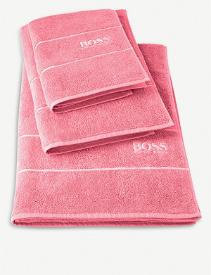 BOSS Plain Tea Rose cotton bath towel 70x140cm