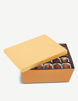 GODIVA Gold chocolate assortment box of 90