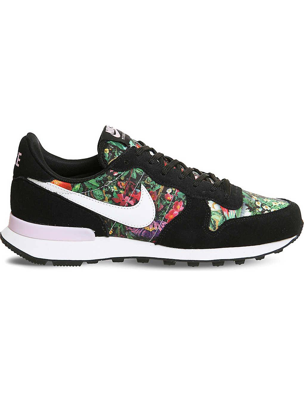 pretty nice 2ec18 dec47 NIKE Internationalist floral trainers