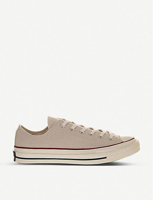 CONVERSE: Ox basketball trainer