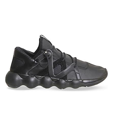 f23b4541f8663 ADIDAS Y3 Kyujo low-top trainers (Black+reflective