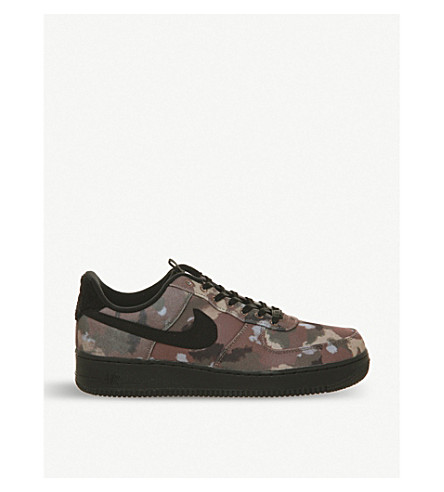 timeless design 69a15 8bf41 NIKE Air Force 1 07 camouflage print canvas trainers (Ale+brown+khaki