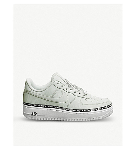 d7cd184ca61a NIKE Air Force 1 07 leather trainers (Light+silver+black