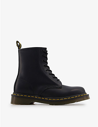 DR. MARTENS: 1460 8-eye leather boots