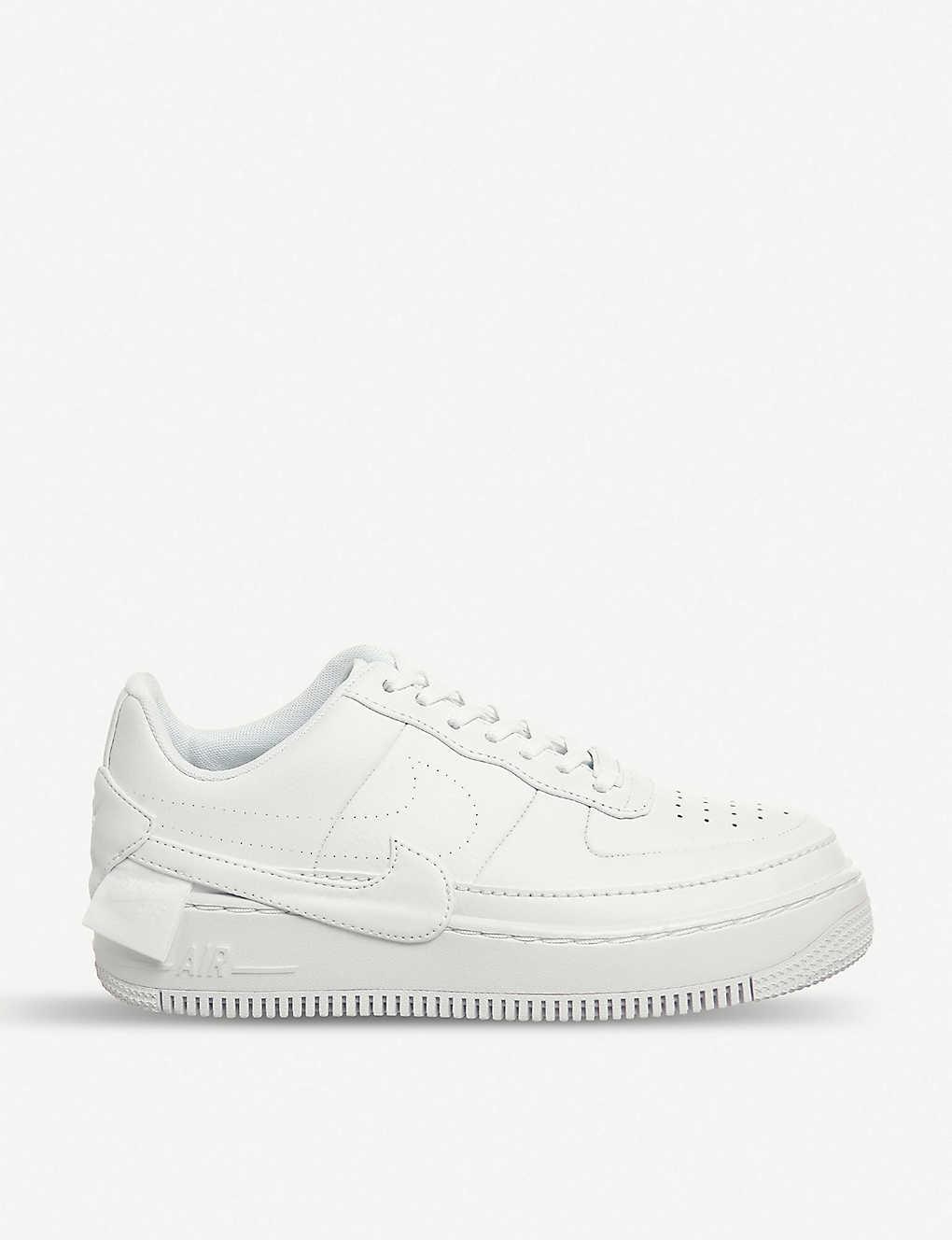 NIKE AIR FORCE 1 JESTER XX W FOOTWEAR WOMAN buy now online.