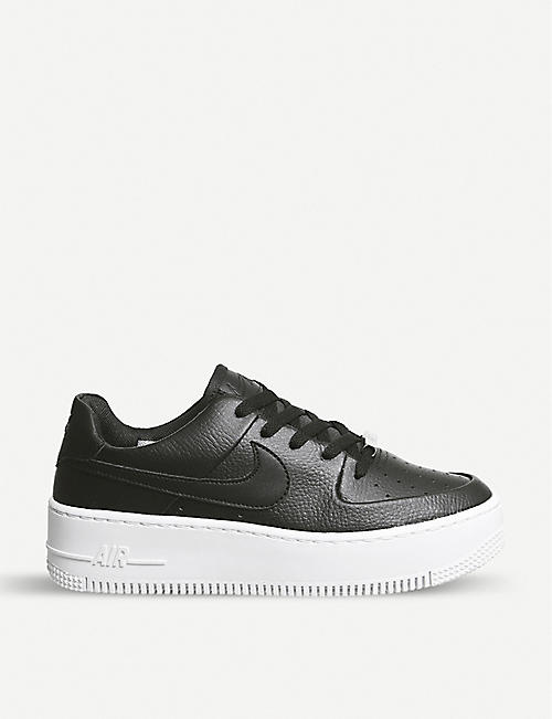 NIKE Air Force 1 Sage 绒面革运动鞋