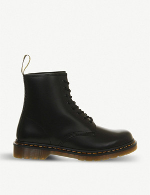 DR. MARTENS 1460 Smooth 8-eye leather boots