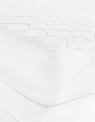 THE WHITE COMPANY Luxury anti-allergy mattress protector super king