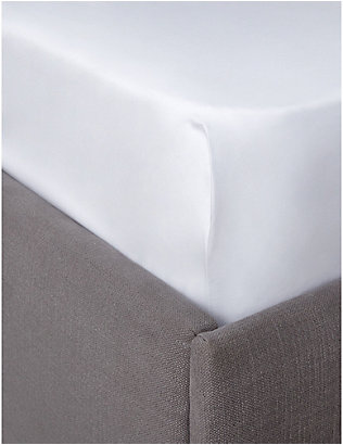 THE WHITE COMPANY: Egyptian cotton sateen emperor fitted sheet