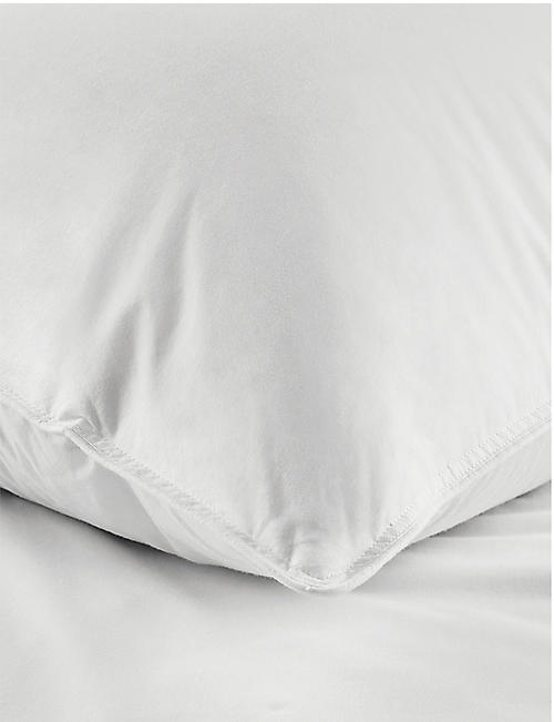 THE WHITE COMPANY Perfect Everyday duck down super king pillow 50cm x 90cm