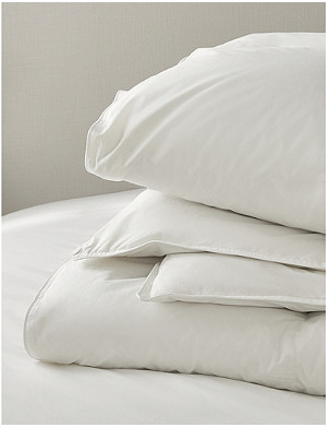 THE WHITE COMPANY Duck down and feather super king cotton duvet 260cm x 220cm