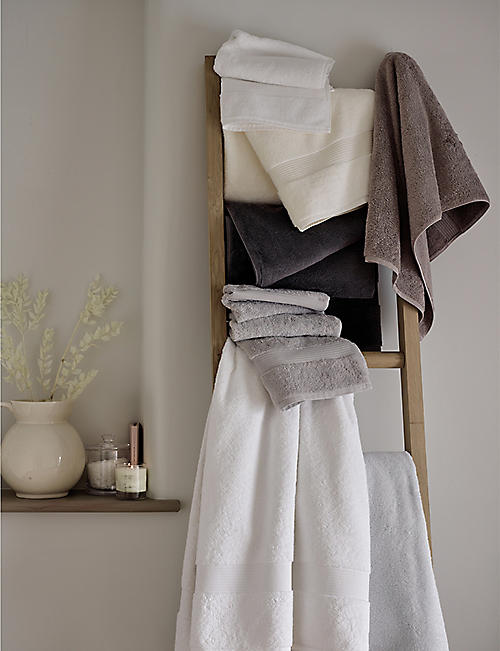 THE WHITE COMPANY Egyptian cotton hand towel 90cmx50cm