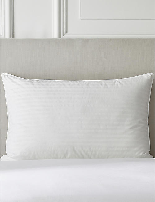 THE WHITE COMPANY: Hungarian goose down and feather superking pillow