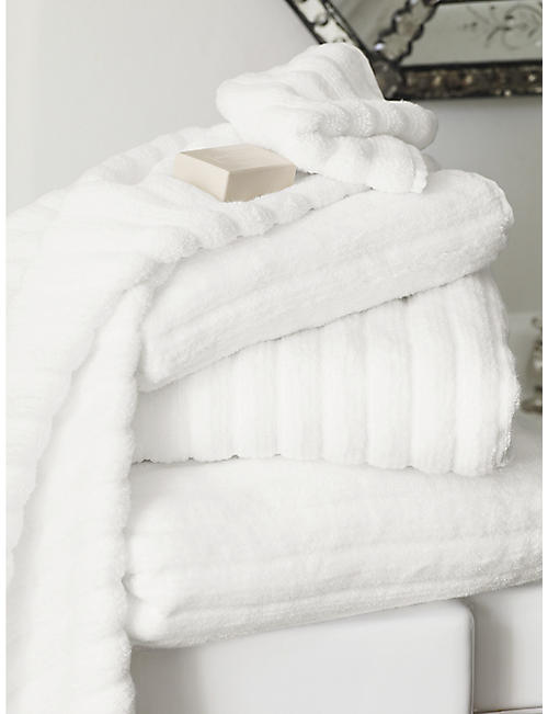THE WHITE COMPANY: Ribbed hydrocotton bath towel