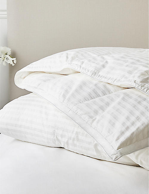 THE WHITE COMPANY Hungarian goose down and feather 10.5 tog superking duvet