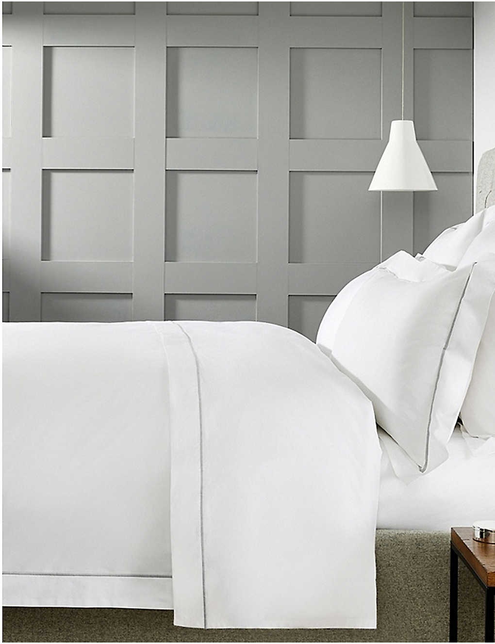 THE WHITE COMPANY: Savoy cotton double duvet cover 200x200cm