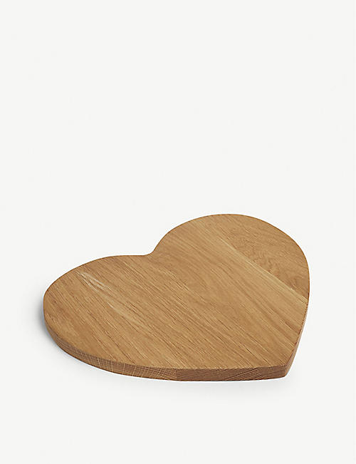 THE WHITE COMPANY Heart-shaped wood serving board 34cm