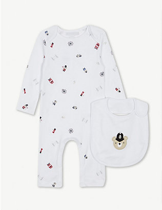 THE LITTLE WHITE COMPANY: London cotton sleepsuit and bib set 0-24 months