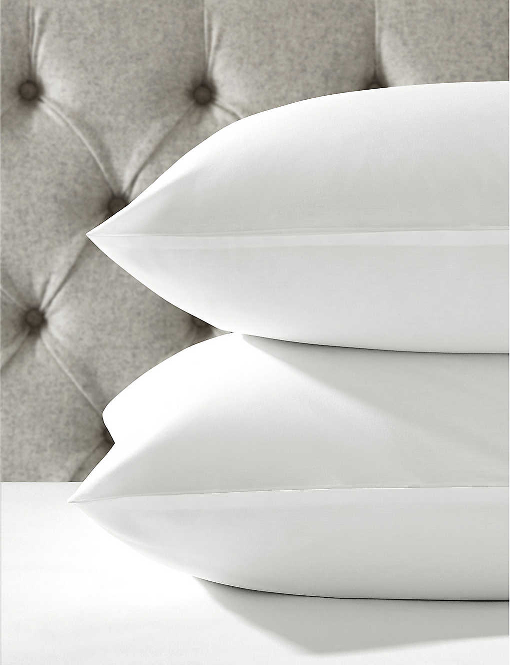 THE WHITE COMPANY: Row Cord egyptian-cotton housewife standard pillowcase 75x50cm