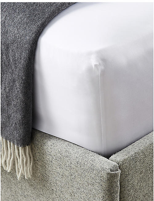 THE WHITE COMPANY: Savoy cotton super king fitted sheet