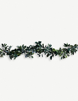 THE WHITE COMPANY Ultimate Green and Berry Garland 180cm