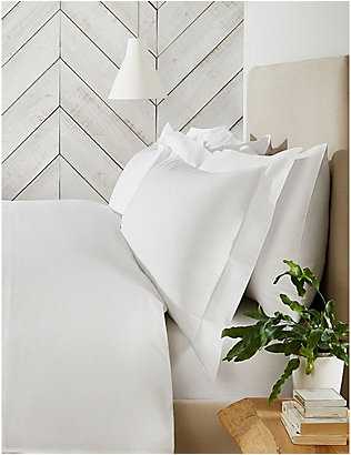 THE WHITE COMPANY: Essentials egyptian-cotton standard pillowcase 50x75cm