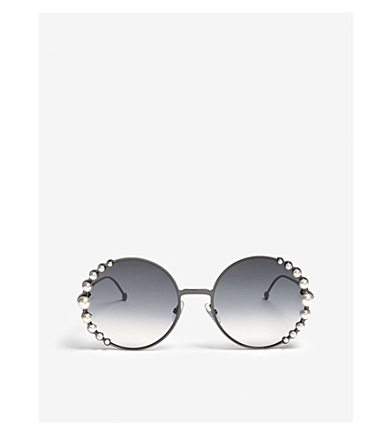 ac093893708 FENDI Ribbons and Pearls oversized round-frame sunglasses (Silver