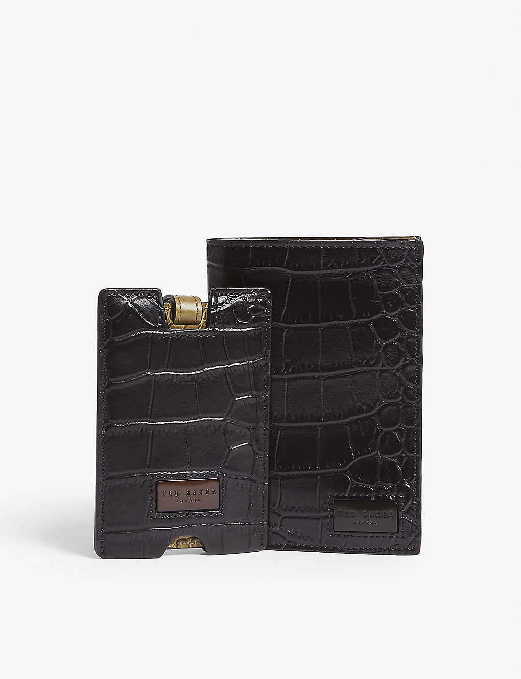 a958cf18b2e8 TED BAKER - Leather passport holder and luggage tag gift set ...