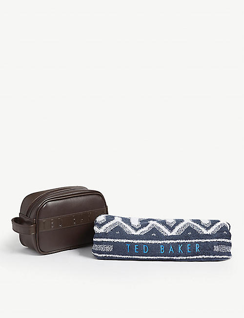 TED BAKER Bibset wash bag and towel gift set