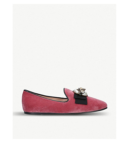 bbf0e0cd746 GUCCI - Etoile faux-pearl and crystal-embellished velvet loafer ...