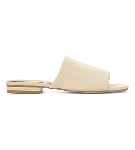 a832c1bf46bd54 ALDO - Yulia flat open toed sandals