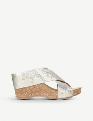 CARVELA COMFORT Sooty metallic leather and cork wedge sandals